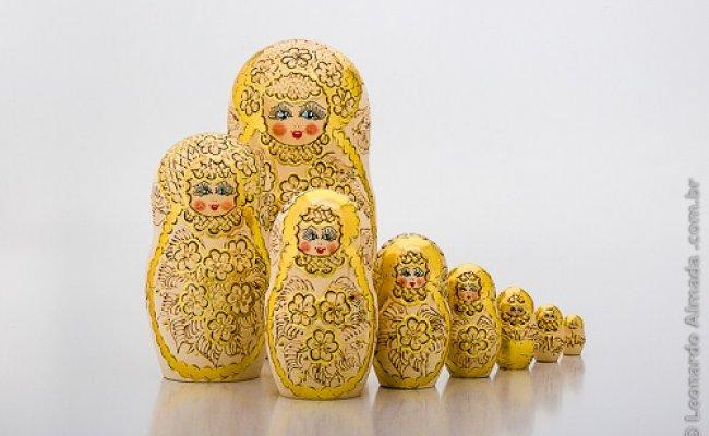 Boneca Russa Gold
