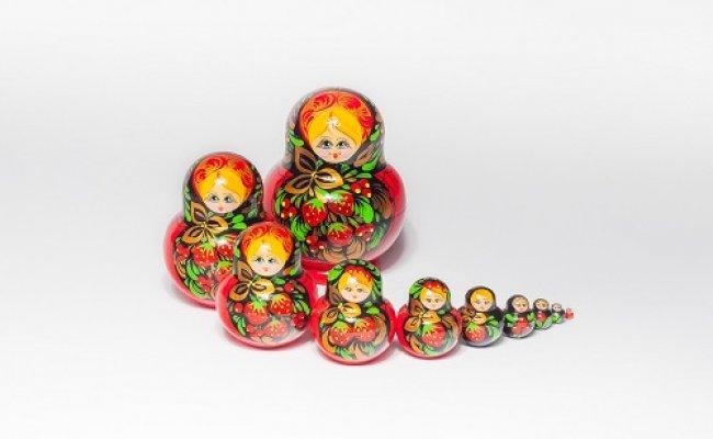 Boneca Russa Morango