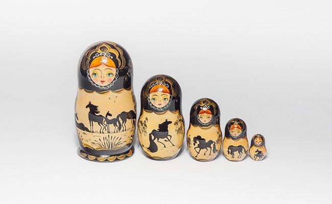 Boneca Russa Cavalos