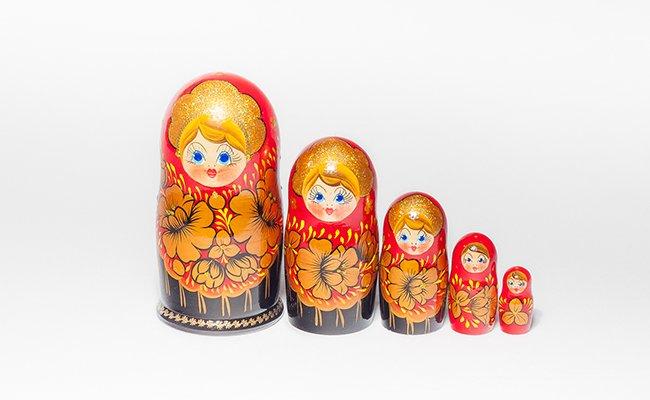 Boneca Russa Flores