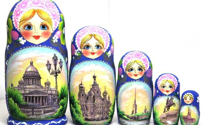 Boneca Russa Sankt Petesburg