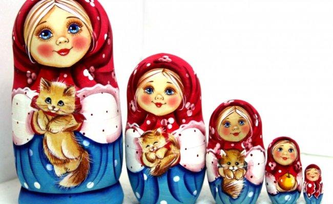 Boneca Russa Uilia
