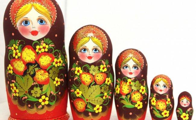 Morango 5 Bonecas