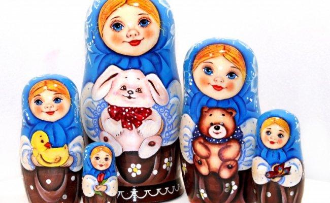 Tanya com Coelho Azul -5 Bonecas